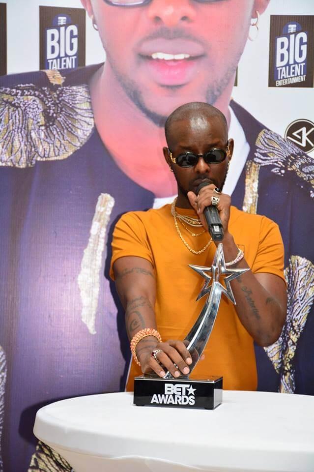 Eddy Kenzo hands over BET award to Uganda Museum